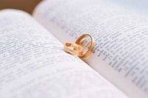 Religijne pamiątki ślubne